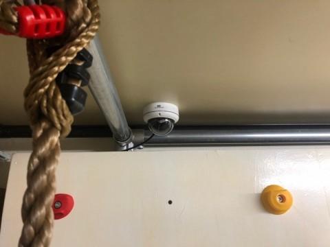 ドーム型 監視カメラ