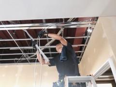 LED照明の配線工事2