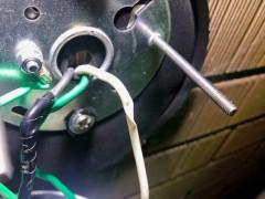 電線がむき出し 漏電