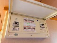 EVコンセントの分電盤ブレーカの空き確認